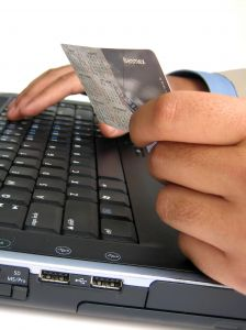 careful of internet financial fraud by scammers